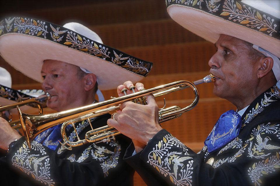 mariachi-home-4